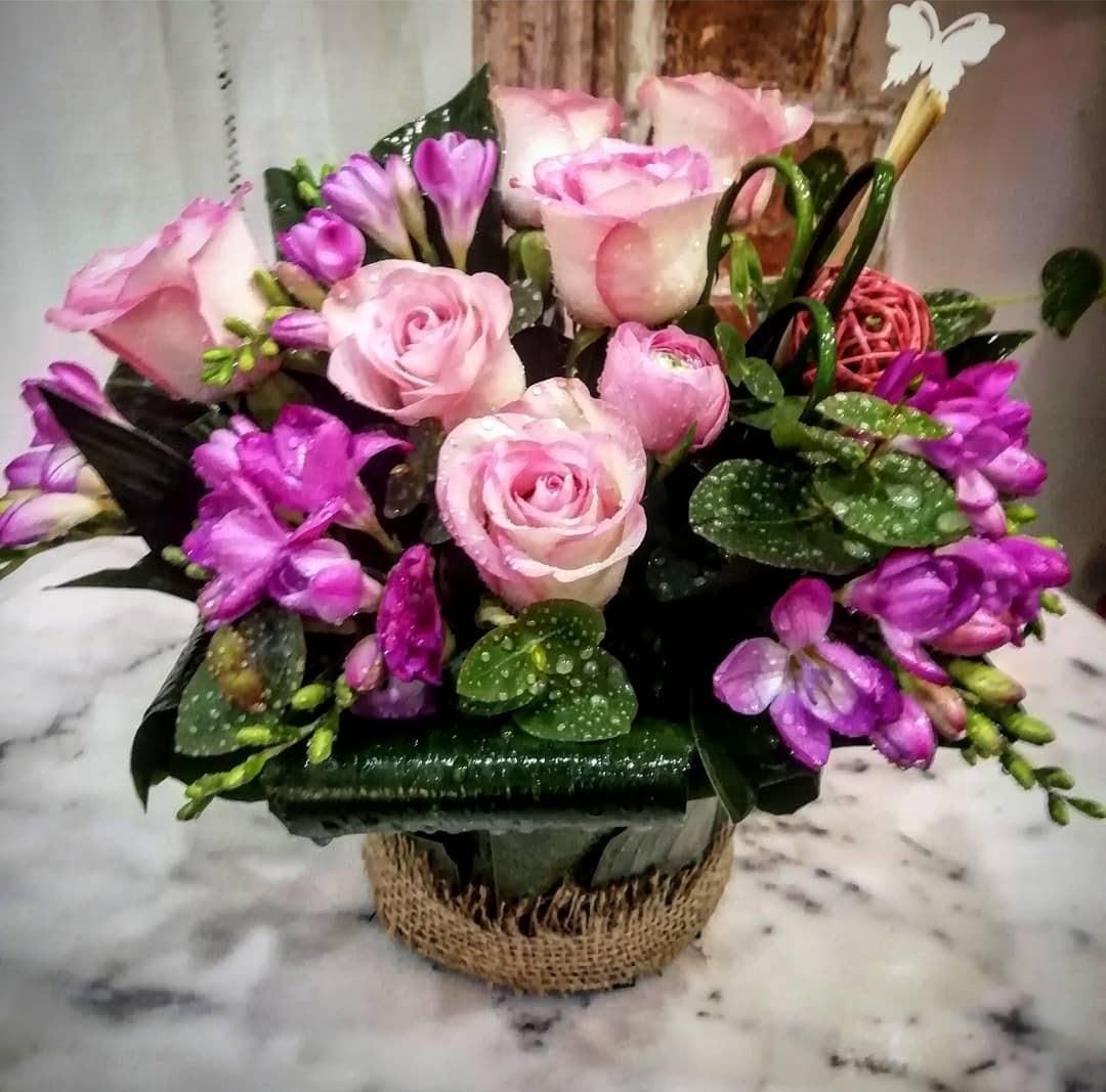 composizione alstromelia rose
